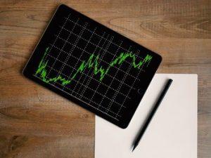 groei voorraad olie, waarde aandeel daalt
